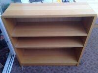 Aspace beech wood book shelf, ideal for children's room. Good condition.