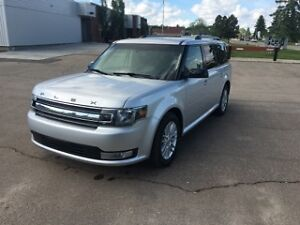 2013 Ford Flex SEL,AWD, only 63000km