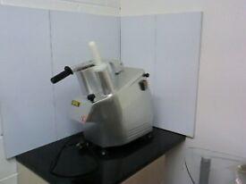 buffalo Continuous Vegetable Prep Machine EBG784-B with blade