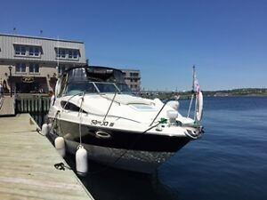 Bayliner 2009 285SB black and white fully equiped