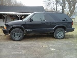 2001 GMC Jimmy Black SUV, Crossover