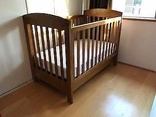 A beautiful grotime cot for your little prince or princess!