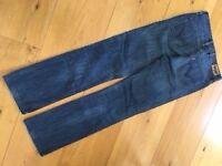 Levi dark navy 627 jeans, straight fit, size 28x32