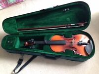 Violin 3/4 size with case - Excellent Condition