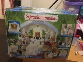 REDUCED Sylvanian Families Wedding Chapel with bride and groom - in box