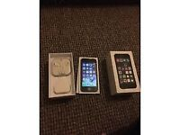iPhone 5s grey unlocked 32gb great condition boxed with all accessories selling as got upgraded