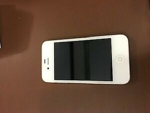 UNLOCKED iPhone 4S White 16 GB w/charger
