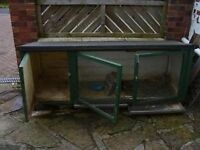 Rabbit Hutch (with metal sliding cleaning trays for easy cleaning)
