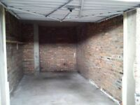 Garage in Cumbernauld - Secured double garage for long term let...
