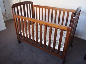 Cot & Mattress with included linen Eight Mile Plains Brisbane South West Preview