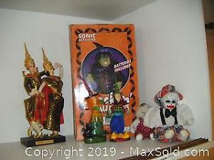 Halloween And Dolls A