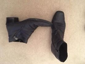 Navy leather Rieker ankle boots 8