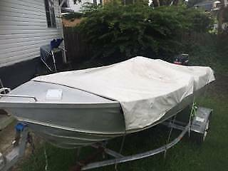 Boat clarke tinnie 3.96m good condition lots of extras.