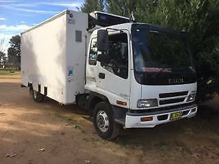 Isuzu Refrigerated Truck FRR550