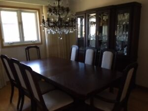 Wood Dining Room Set Perfect Condition London Ontario image 1