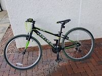 Carrera Abyss 26in Junior Hybrid Bike Very good condition
