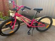 Specialized Hotrock 20 inch Girls Bike Craigmore Playford Area Preview