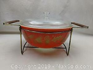Golden Leaf Pyrex Casserole Dish with Lid and Stand