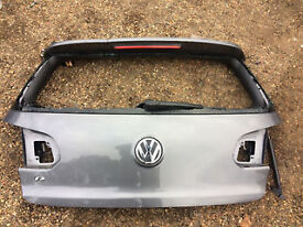 vw golf mk6 golf r rear tail gate for sale with spoiler call parts glass damage