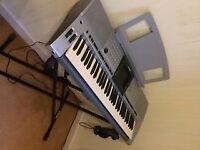 Yamaha PSR 2000 Keyboard Arranger Workstation