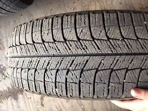 Michelin X-Ice Xi3 Studless Winter Tires on Rims Regina Regina Area image 3