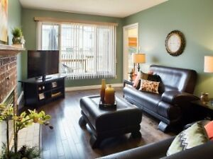 Executive House With Finished Basement In the North West London Ontario image 4