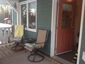 Furnished suite, Prince George South