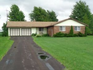 26 ACRES 1550 SQ FT HOME 2200 SQ FT OUT BUILDINGS