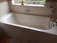 Villeroy & Boch bath with mixer tap and shower head