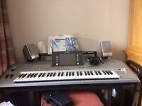 Yamaha Tyros 2 programmable electronic keyboard with stand