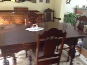 ANTIQUE COMPLETE WALNUT DINING SET