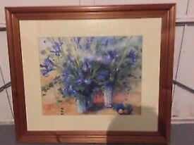 BEAUTIFUL FLORAL PRINT IN LARGE WOODEN FRAME