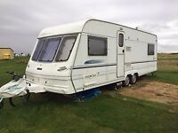 Lunar delta 610-4 caravan for sale .