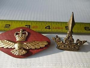 WW II. Canada Military Hat Badges.