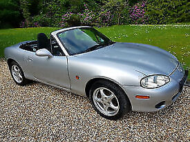 Mazda MX-5 1.6i Wow !!! Only 20,889 Genuine Miles From New.