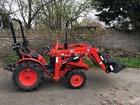 kubota compact tractor B7001 with front loader