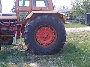 Case 1030. 100hp tractor