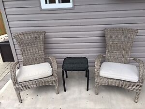 Pool Chairs with cushions + 2 side tables