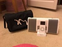 White iPod InMotion Speaker + Case