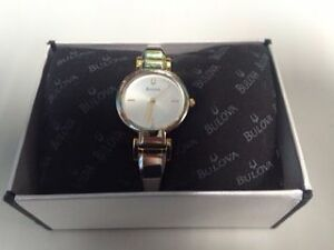 New Woman's BULOVA watch  / Montre BULOVA pour Femme West Island Greater Montréal image 2