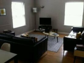 2 bed spacious flat available for rent