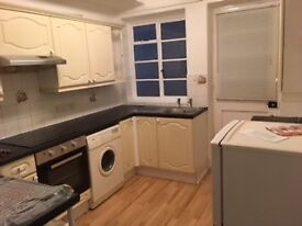 Newly renovated airy one bedroom flat-Quote REF 16