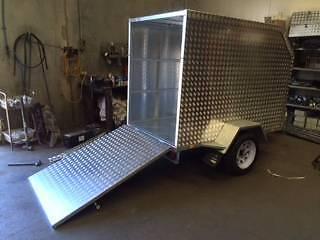 7x4 Enclosed trailer