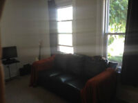 ★★ Beautiful 3 bdrm Apt.- close to Everything! Heat Included! ★★