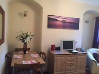 Lovely double room to let in quiet house in the denes area of Darlington