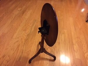 Table, Oval