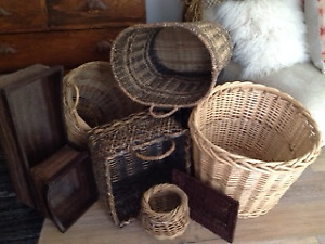 Hampers/baskets various sizes
