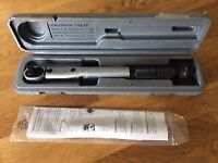 Teng Tools angular torque wrench 18/25