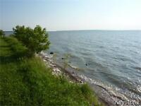 Lakeview Property in Hecla Island.... Perfect Lakefront View