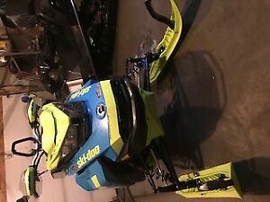 Bombardier ski doo Backcountry X 2018 146 garantie nov 2020